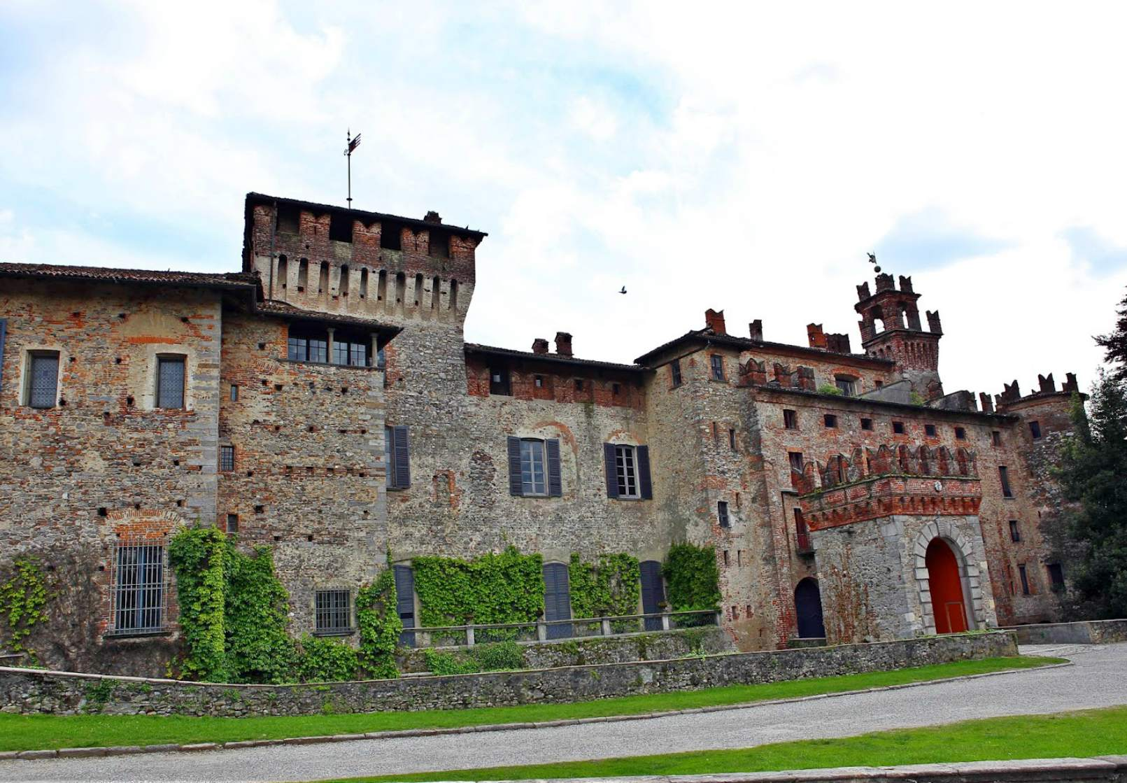 Castello Visconti di San Vito ilPartycolare